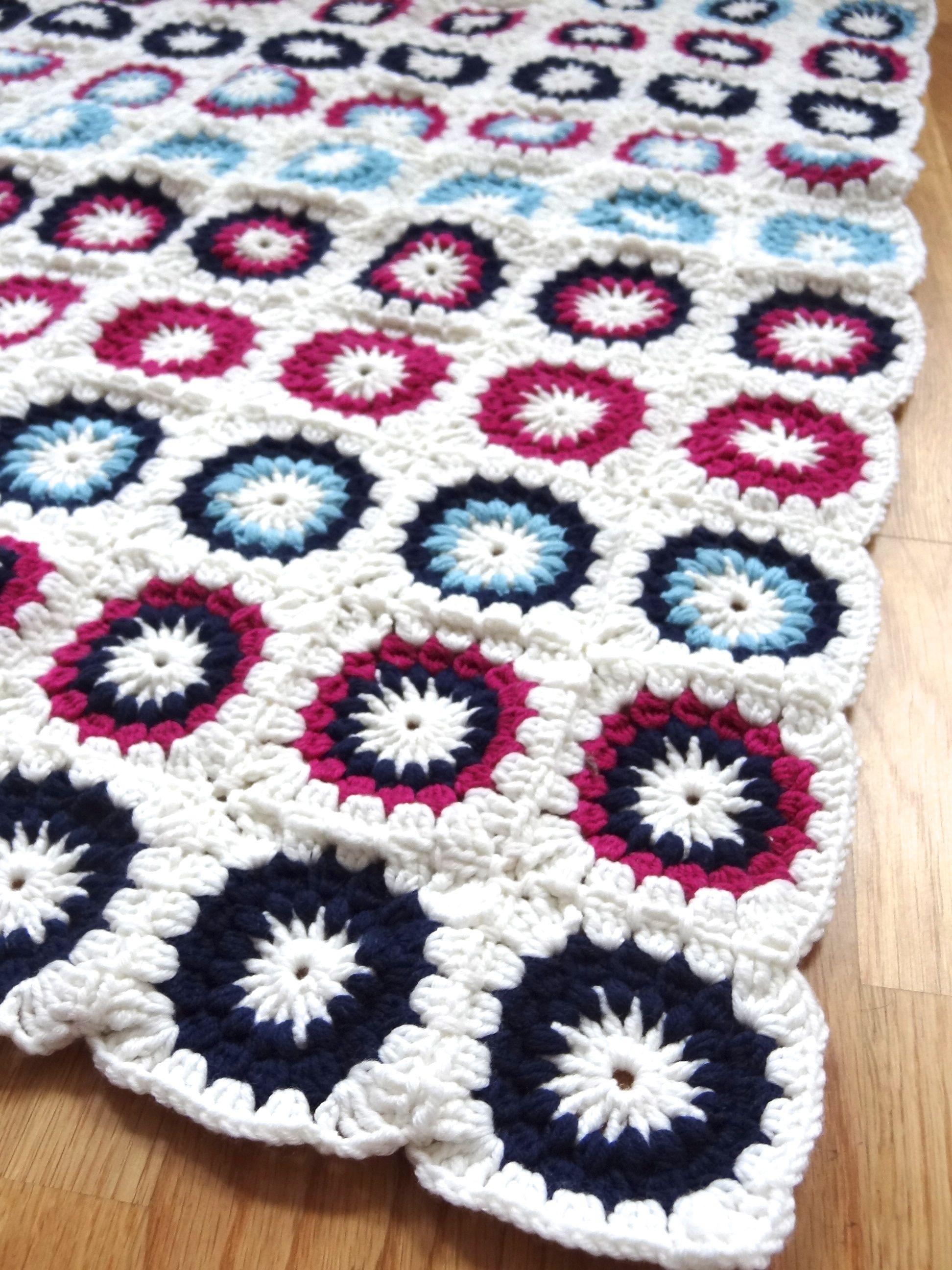 Granny Square Babydecke #Grannysquare #crochet | colchas | Pinterest ...