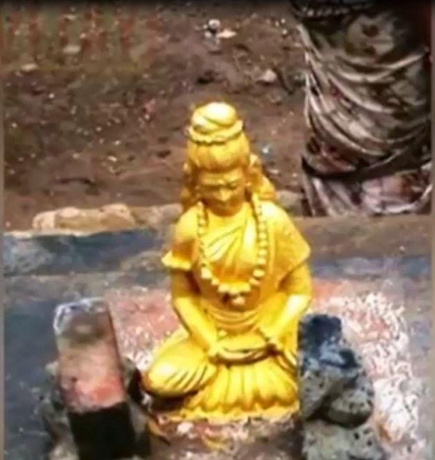 Merusawarini's daughter is Swayamprabha. All the monkey's along with Hanuman  went inside her cave. Then Swayamprabha told her story to the mo… | Rama,  Hema, Hanuman