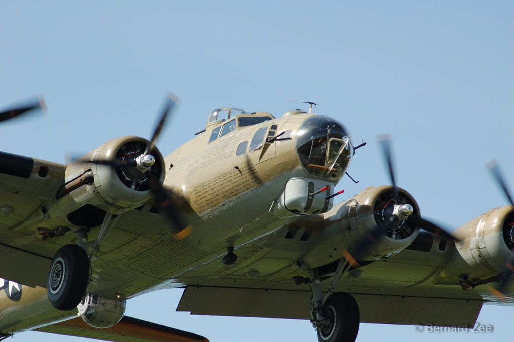 Boeing B-17 Flying Fortress ~ BFD