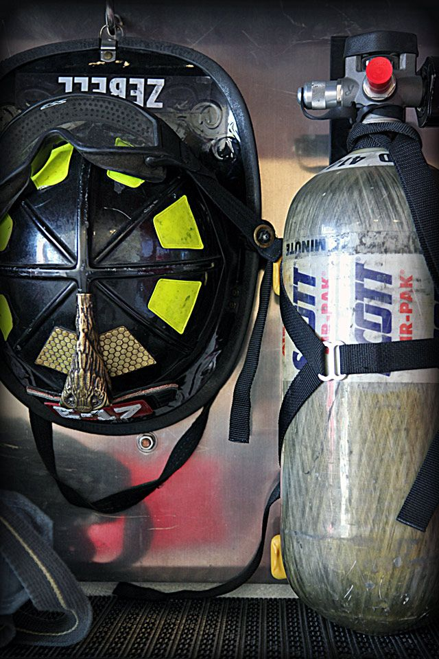 Firefighter Wallpapers Free 640960 Firefighting Wallpapers