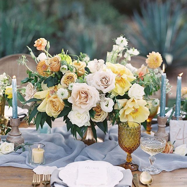 Serving up some sunshine hues to brighten your day 💛   Planning + Design | @ashleycreative  Florals | @thewildfloweraz  Venue | @elchorroweddings  Decor Rentals | @glamourandwoods  Tabletop Rentals | @theconfettistudio  Linen | @latavolalinen  Calligraphy | @prettypaperie ( #📷 @jacquicole )   #tablenumber #placesetting #tabledecor #weddingtable #tabledecorations #weddingnapkin #weddingcharger  #yellowwedding #yellowweddinginspo #yellowweddinginspiration #yellowweddingideas
