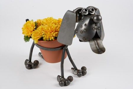 Beagle Dog Plant Holder Sculpture A Unique Featuring Cute Puppy Holding Round Potted Great Way To Show Off Your Beautiful Plants