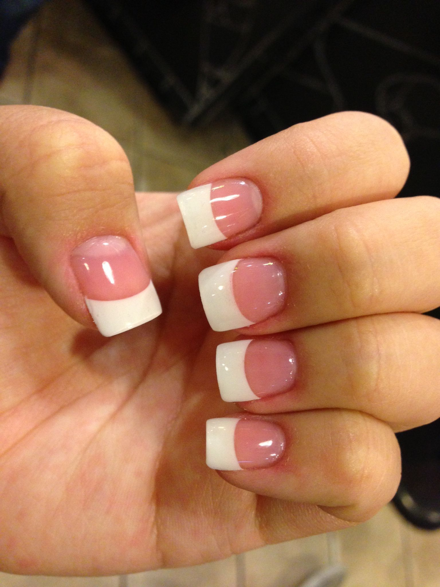 White Tip Acrylic With Gel Top Coat Acrylicnailsalmond In 2020 White Tip Nails White Tip Acrylic Nails French Tip Acrylic Nails