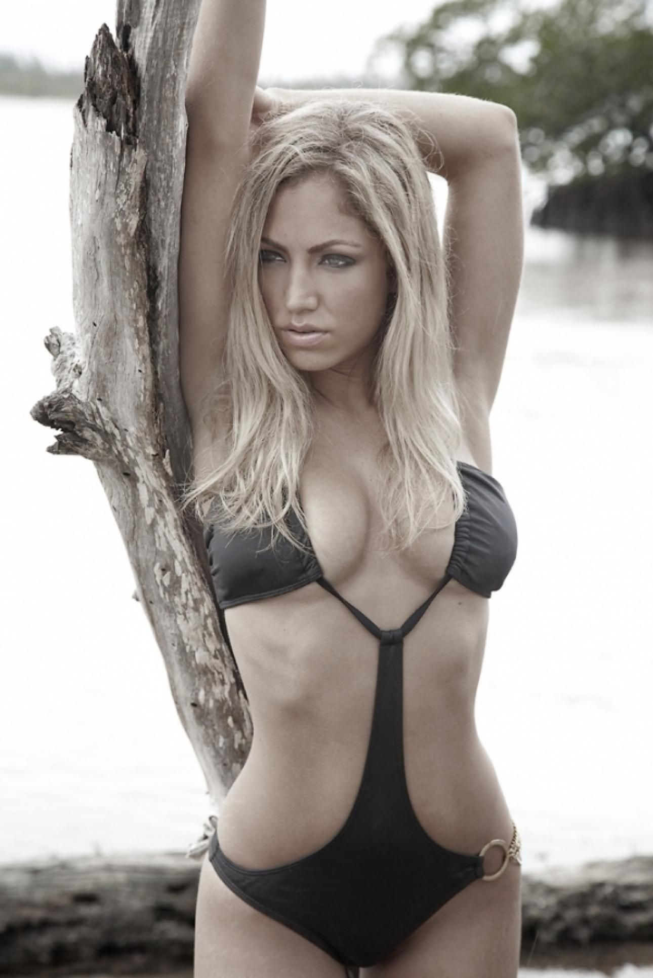 Jade Bryce Nude Photos 41