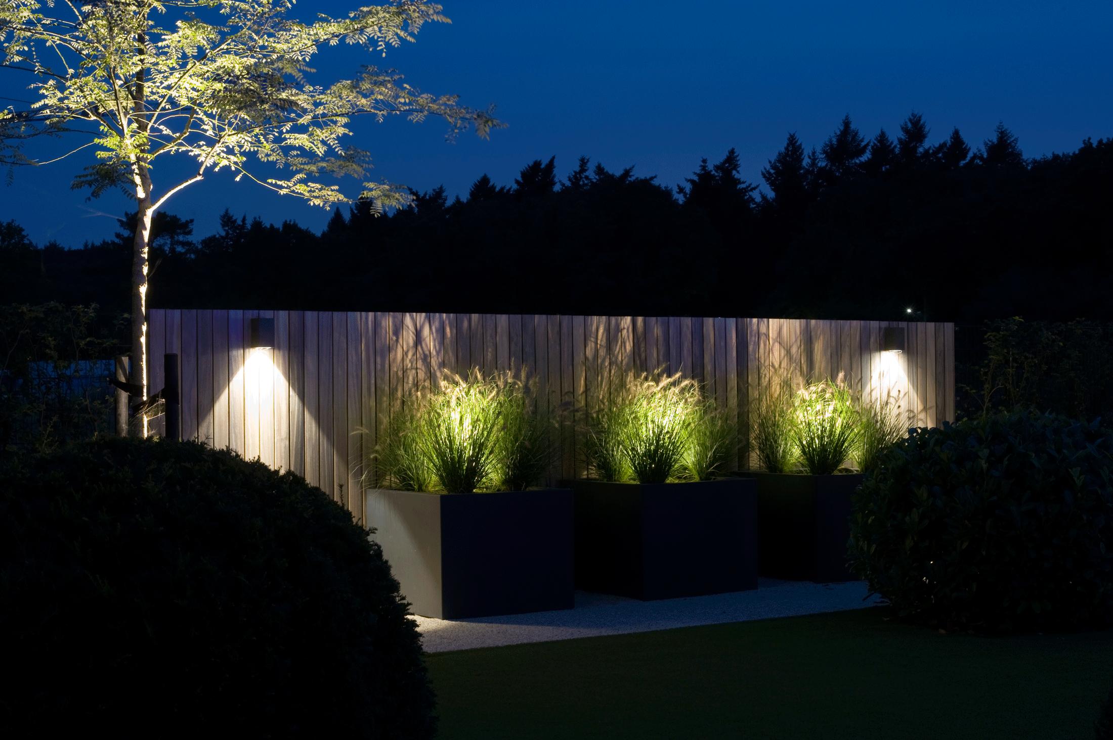 Project \'In de Wolken.\' van Heart for Gardens. Verlichting ...