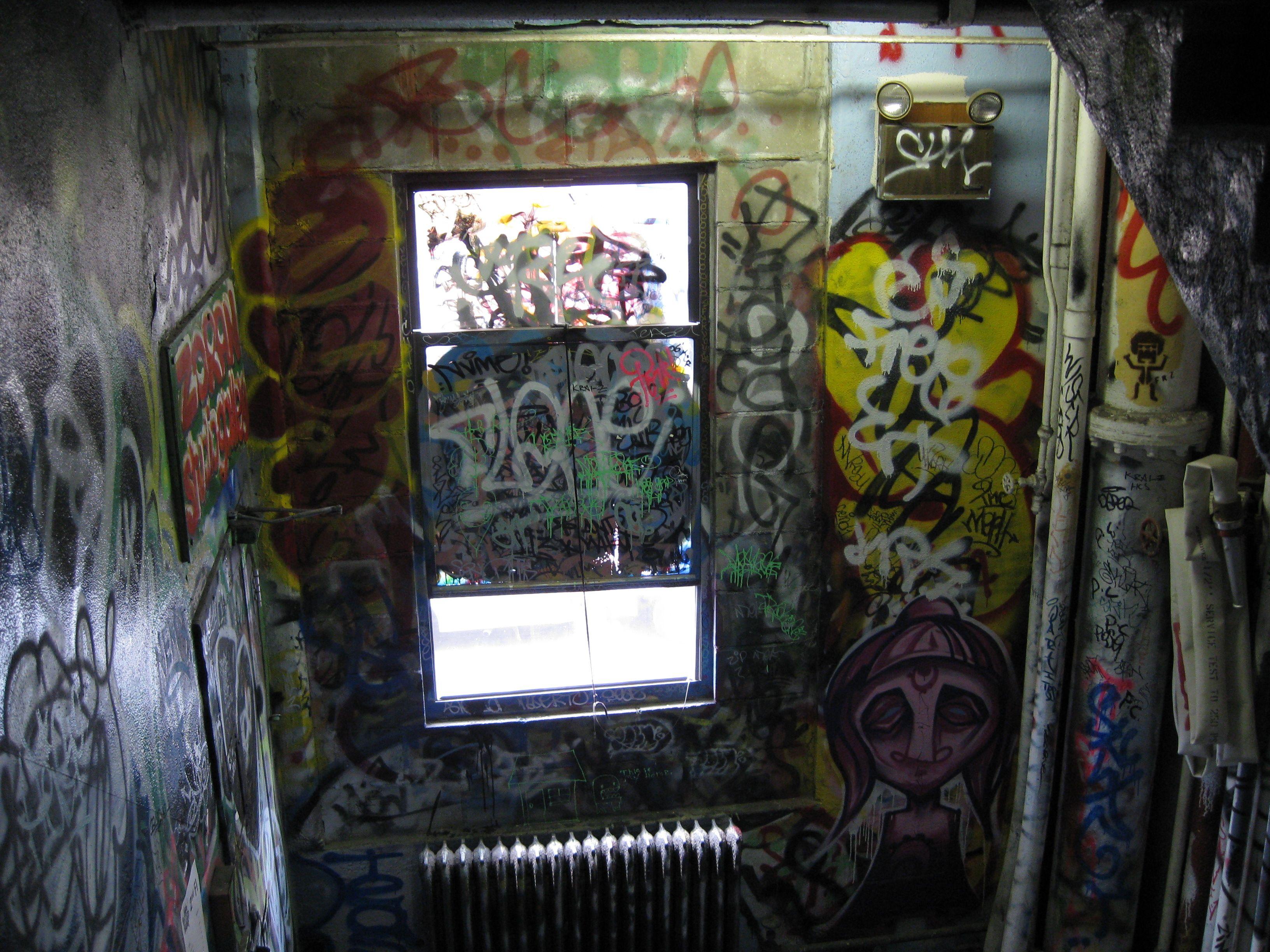 urbanartbomb #graffiti #bombing #graff #streetart - http://urbanartbomb.com/img_0143/ - - Urban Art Bomb
