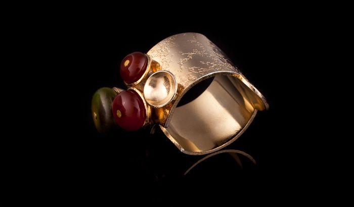 KOMAD Ring
