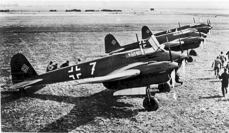 https://flic.kr/p/a3ChP6 | Focke-Wulf Fw 187 Falke, Ron Dupas Collection