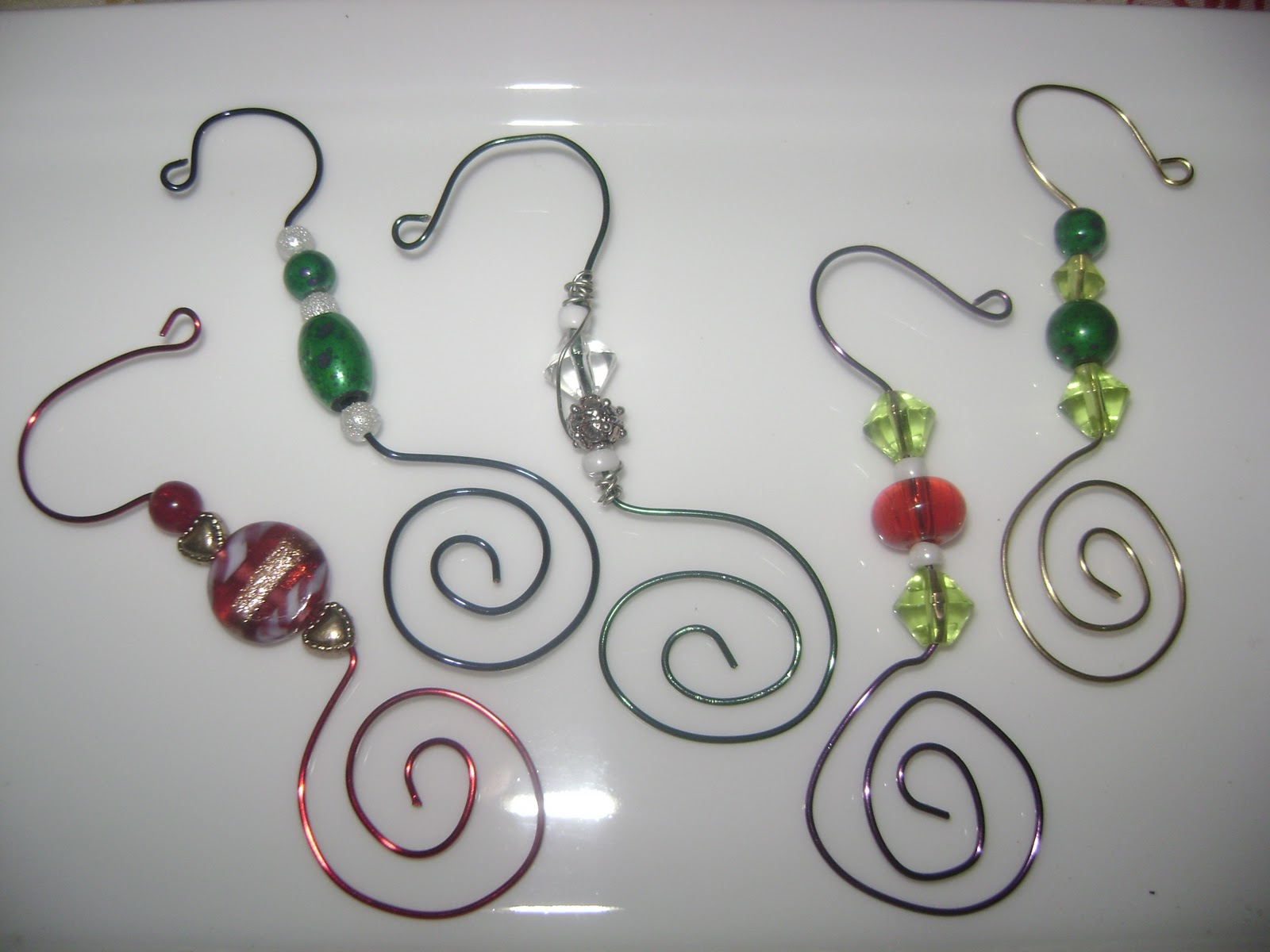 day wire bead Christmas Ornaments | wire ornament hanger | 1 ...