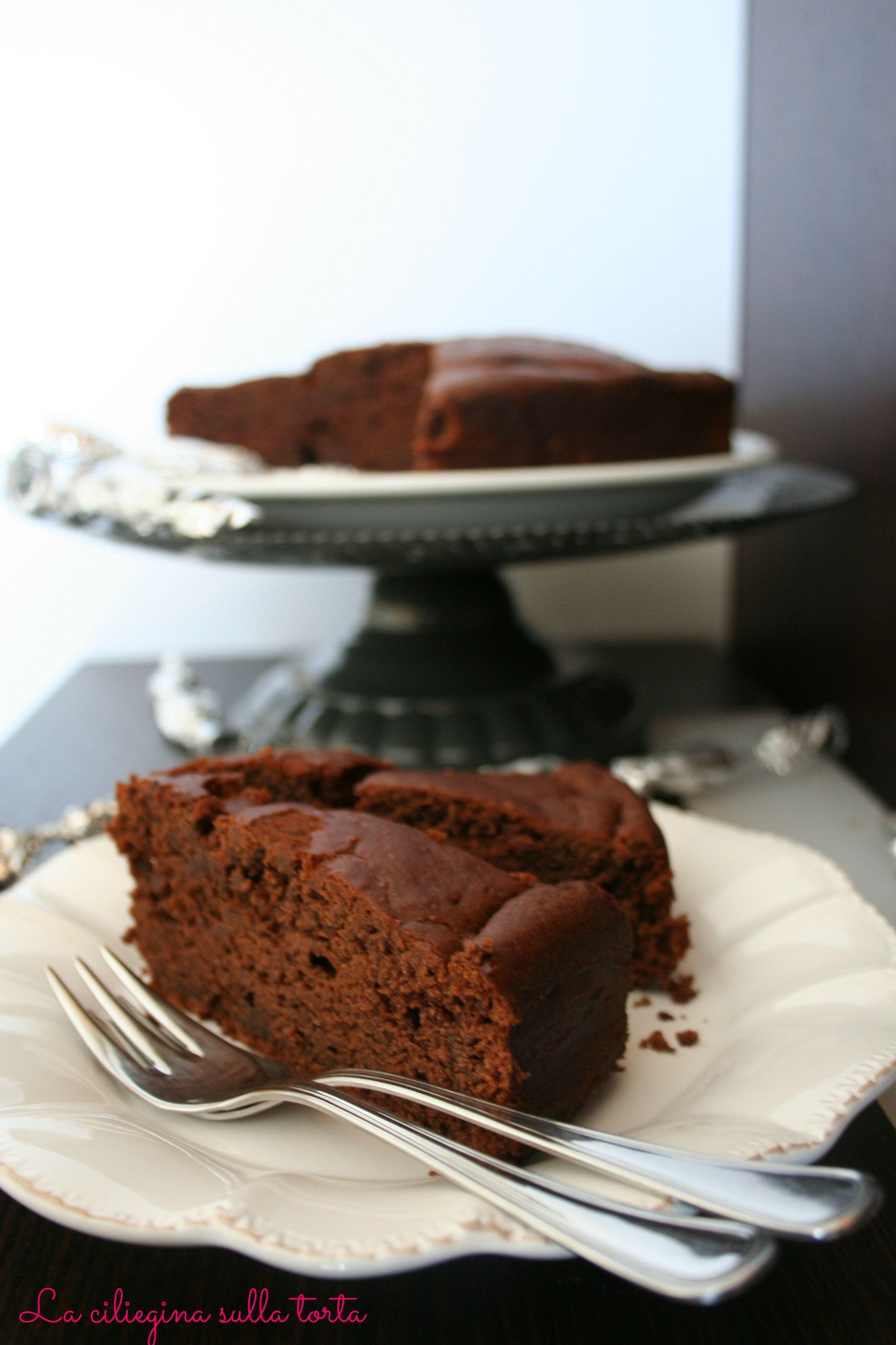 torta umida al cacao e mascarpone senza uova