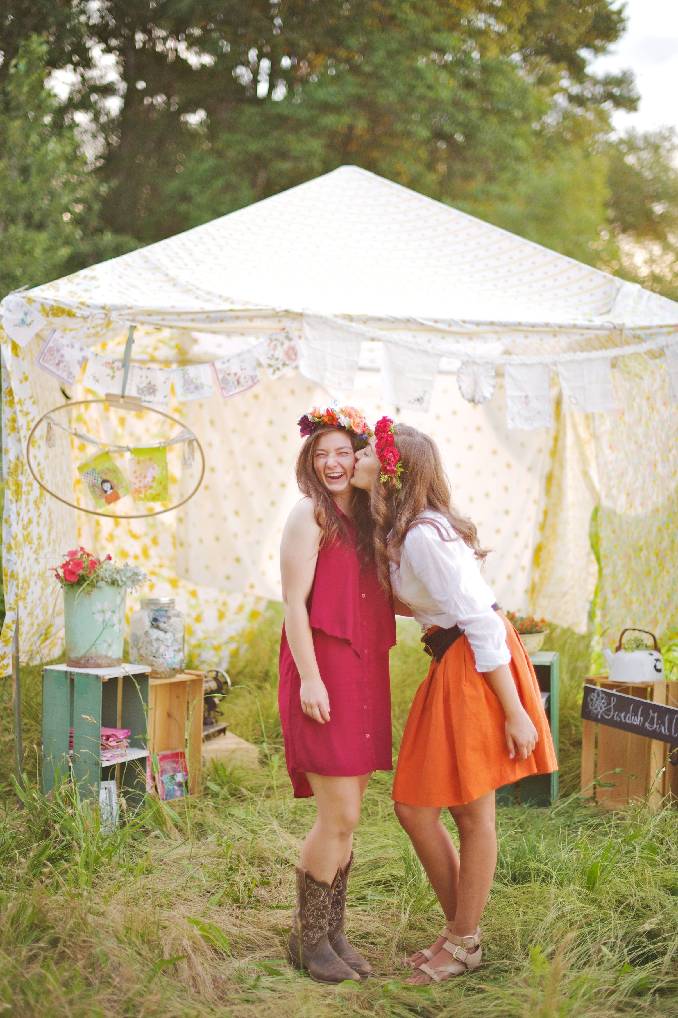 My senior pictures with my cousin! We built a tent out of granny sheets and filled it with handmade art! Photos by #fotoNovella @Shannon Boettcher