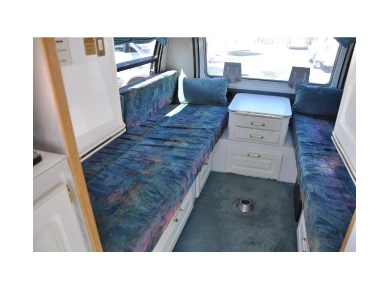 1999 Pleasure Way Excel Tw Beds Full Bath 2 Caption Chairs
