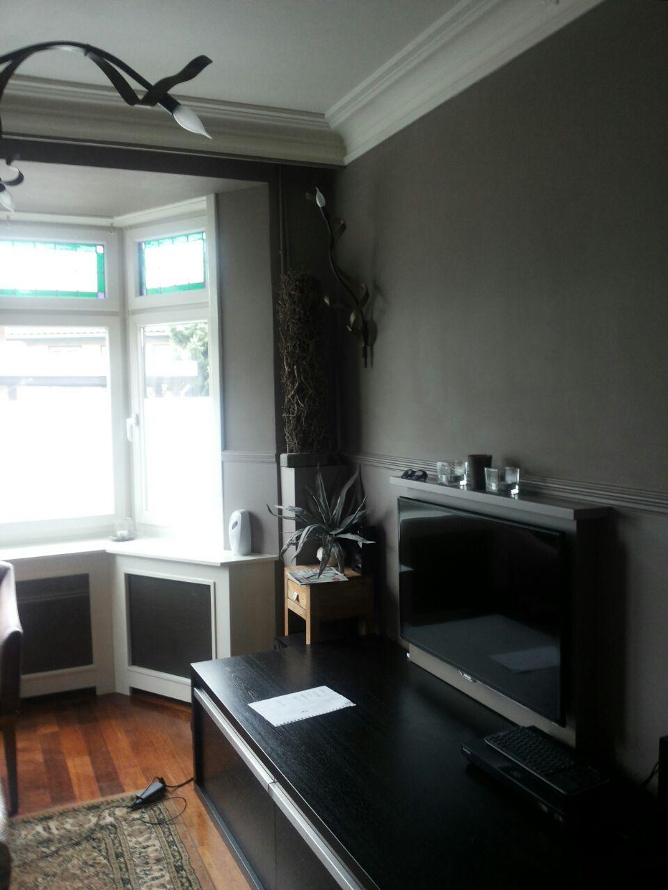 New traditionals krijtverf kleur silt op de wand in woonkamer ...