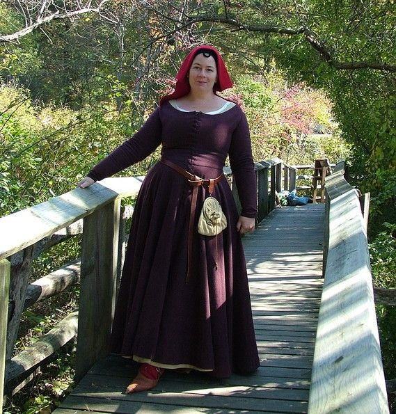 Renaissance Dress Plus Size: Beautifully Done Plus Size Kirtle And A Complete 15th