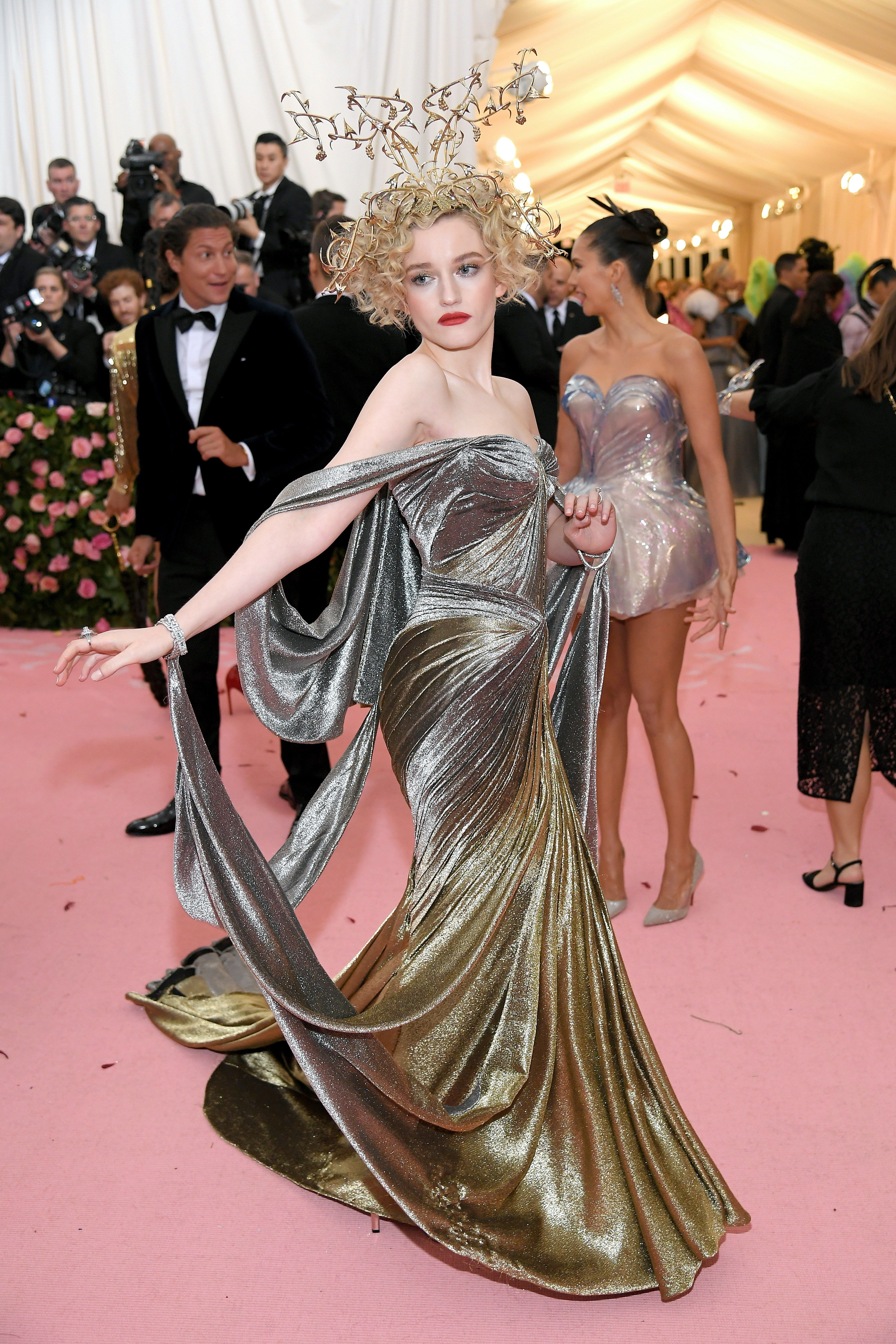 b070c561f398d The Met Gala 2019 is fashion's biggest night. See every red carpet look  from your favorite celebrities and designers at the Metropolitan Museum of  Art.