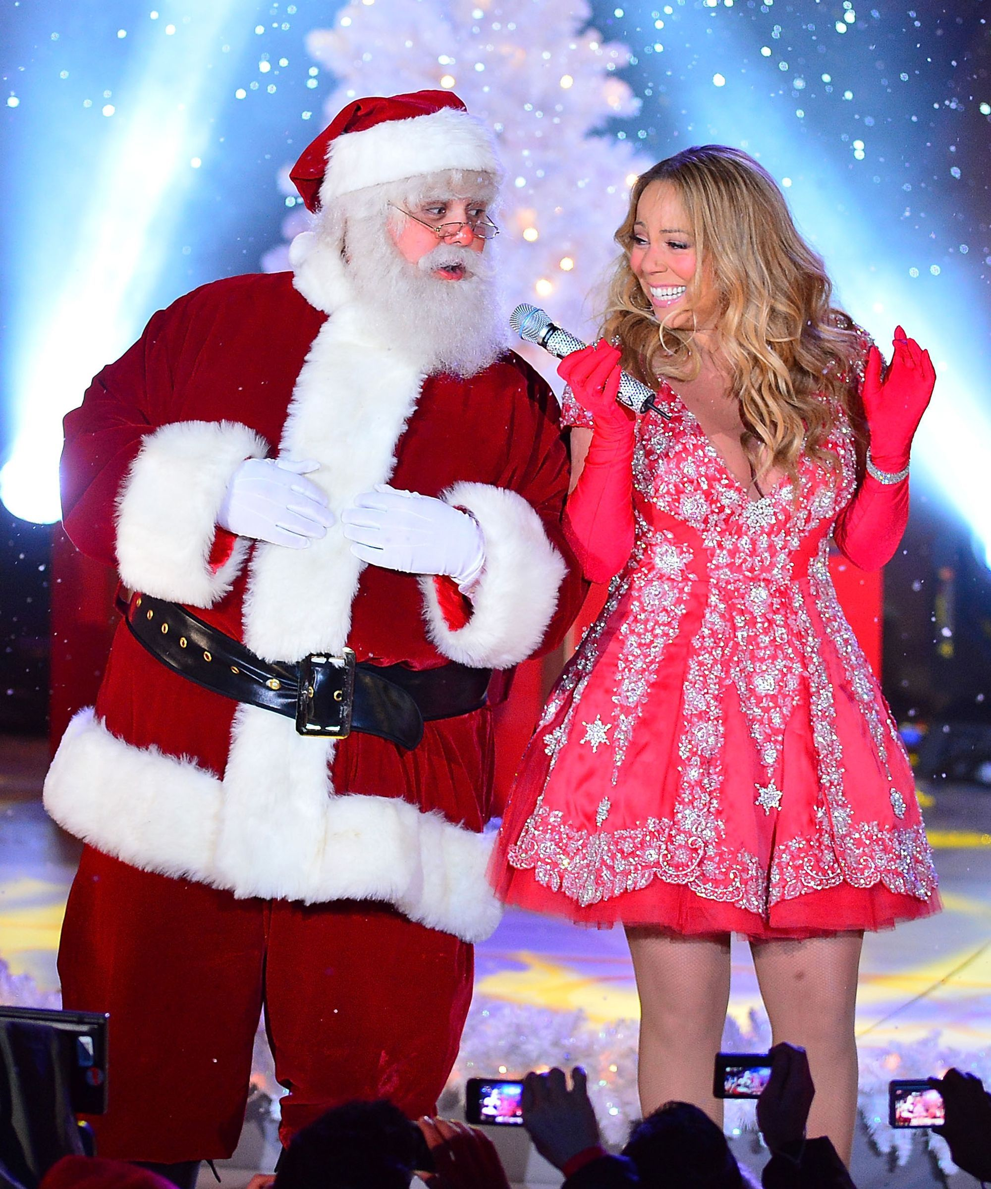 The Quintessential Holiday Pop Playlist Holiday pops