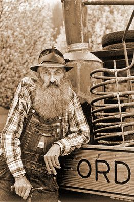 """Obituary Of Marvin """"Popcorn"""" Sutton, A Tennessee Moonshiner"""