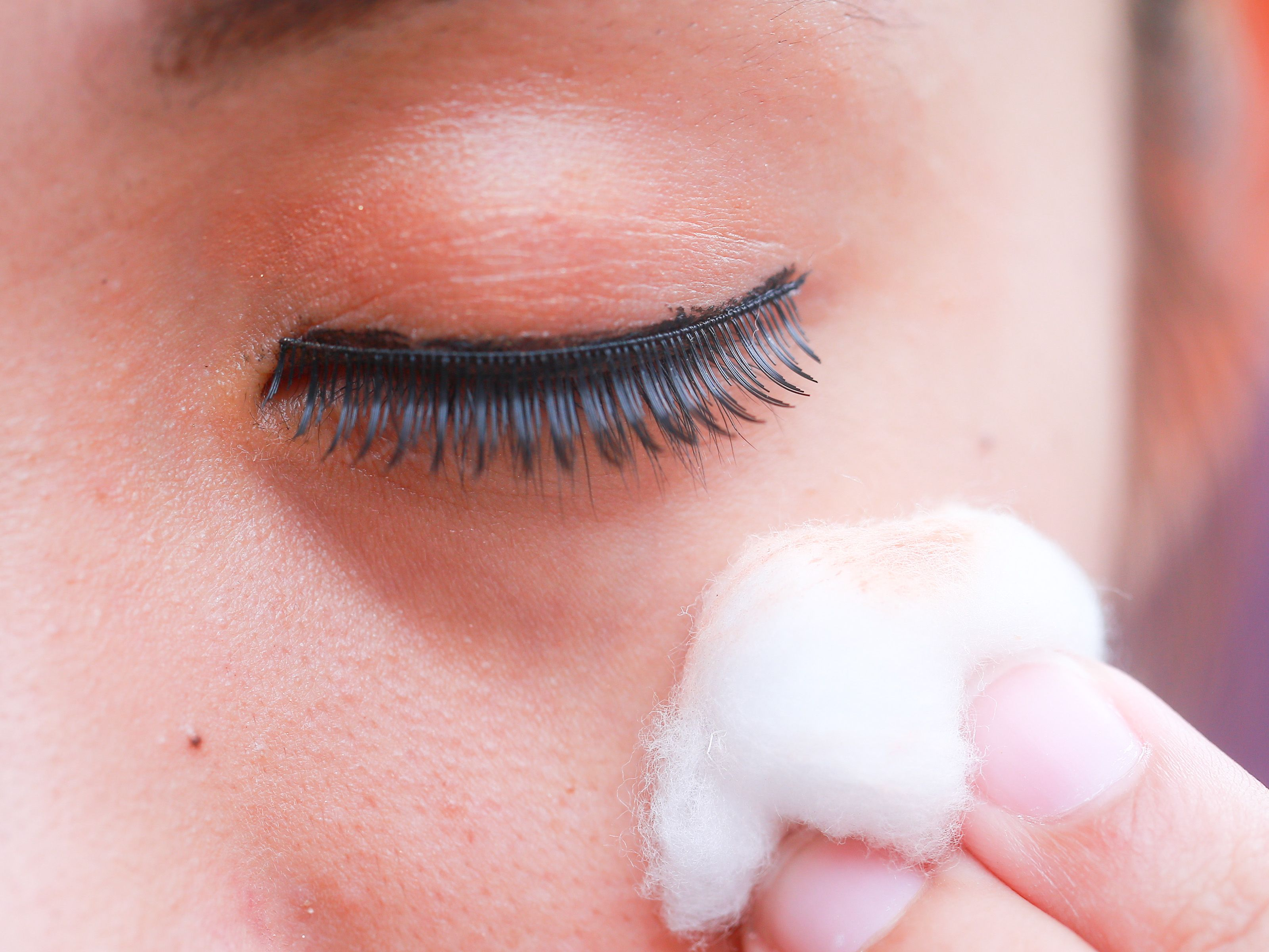 How To Get Rid Of Puffy Eyes From Crying With Tea Bags in