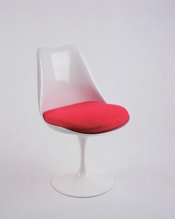 Chaise Tulipe By Eero Saarinen