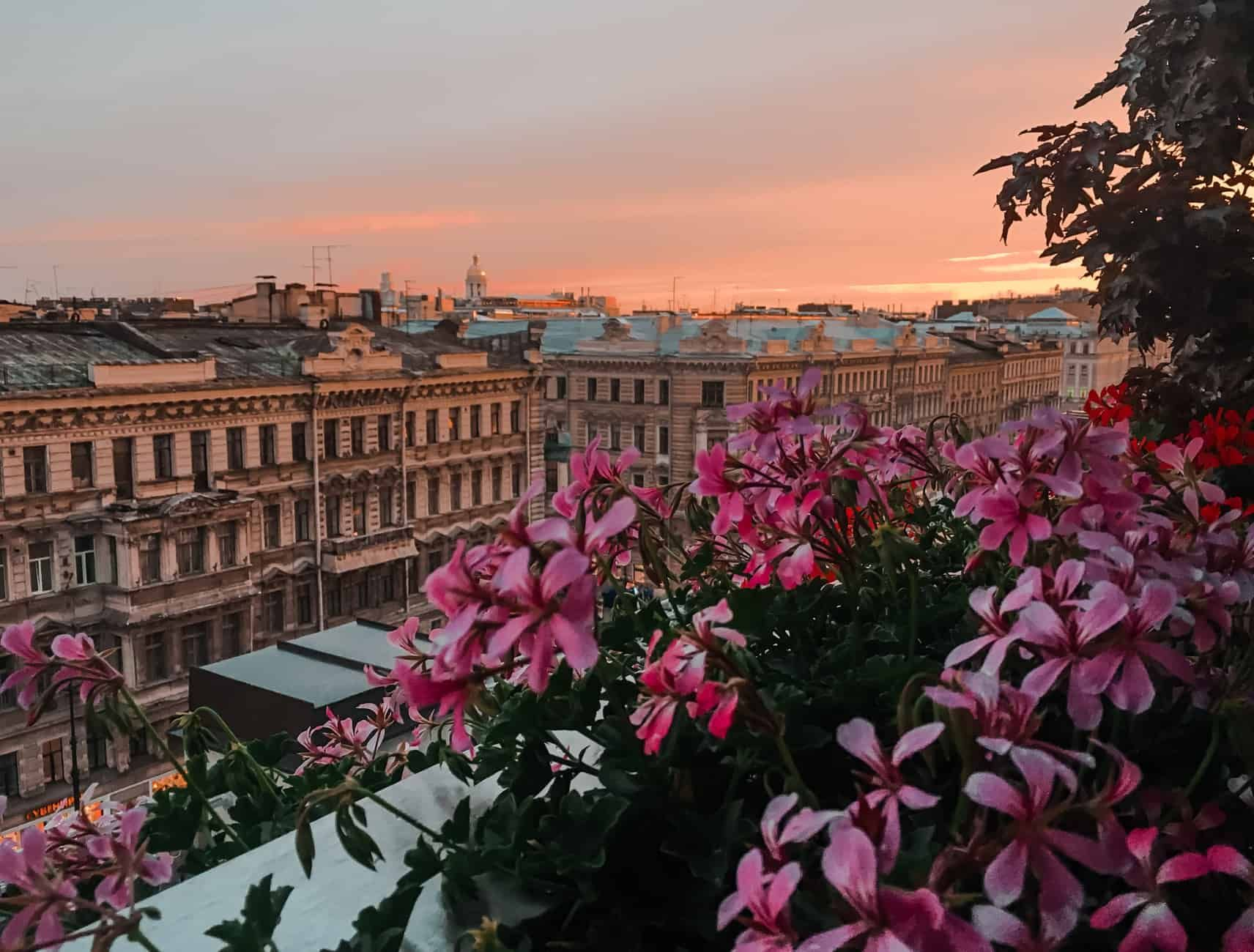 How Expensive is Russia? Cost of Travelling in Moscow & St. Petersburg