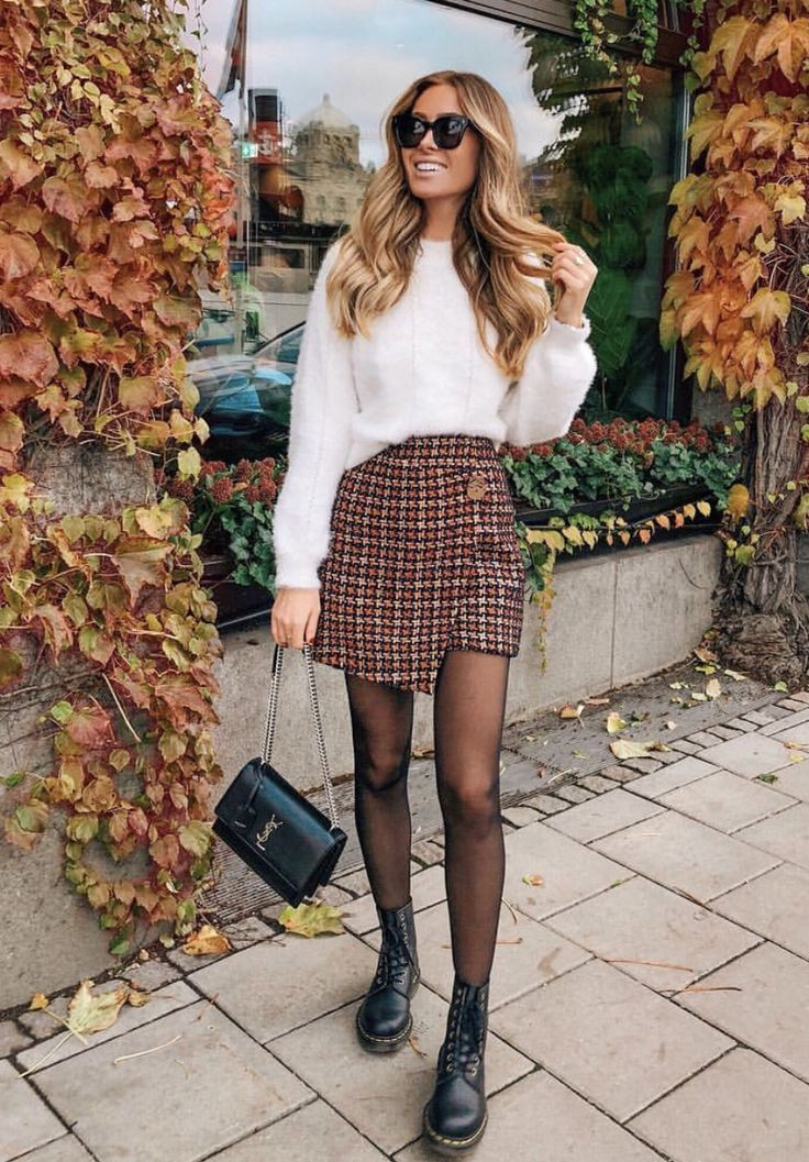 Loving the mix with the skirt and boots! // outfit inspiration // fall fashion // #womensfashion #styleinspiration #drmartens #plaid #hairstyles