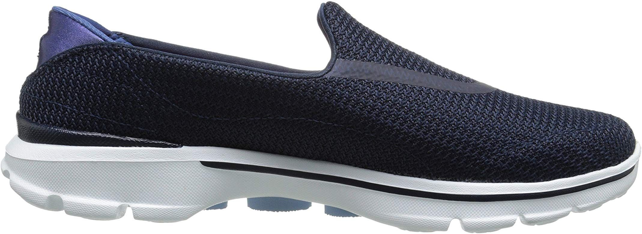 Skechers Skechers Performance femmes's Go Walk 4 Kindle Slip On Walking chaussures,NavyWhite,9 M US from Amazon | more