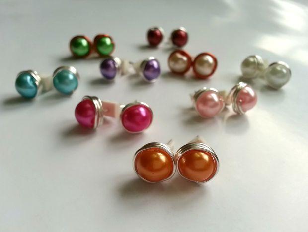 Wire-wrapped Bead Stud Earrings tutorial