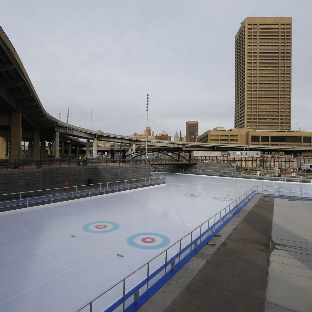When skating opens at 5 p.m. Thursday on the site of the former Memorial Auditorium, you'll be able to stand where center ice once was located.It's the same spot where legends skated, including Pat LaFontaine, Danny Gare, Alex Mogilny and the French Connection – Gilbe... - The Buffalo News