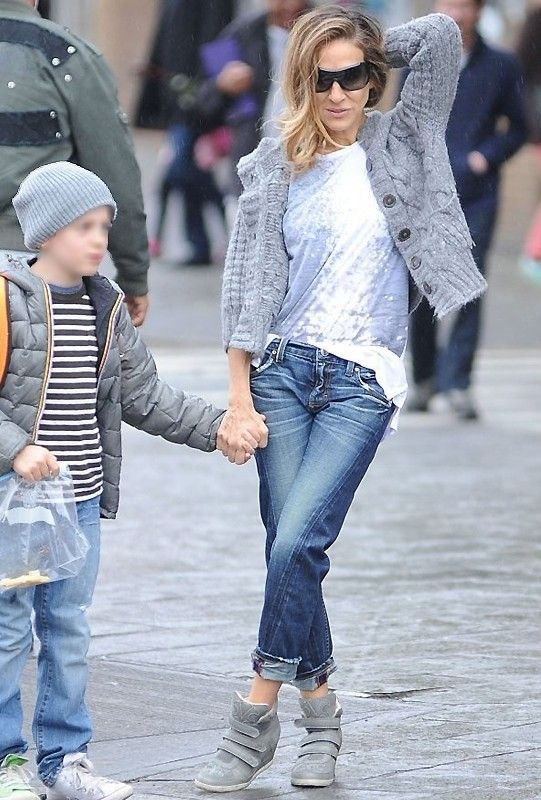 Level 99 Sarah Twisted Seam Tomboy in Crater as Seen On Sarah Jessica Parker