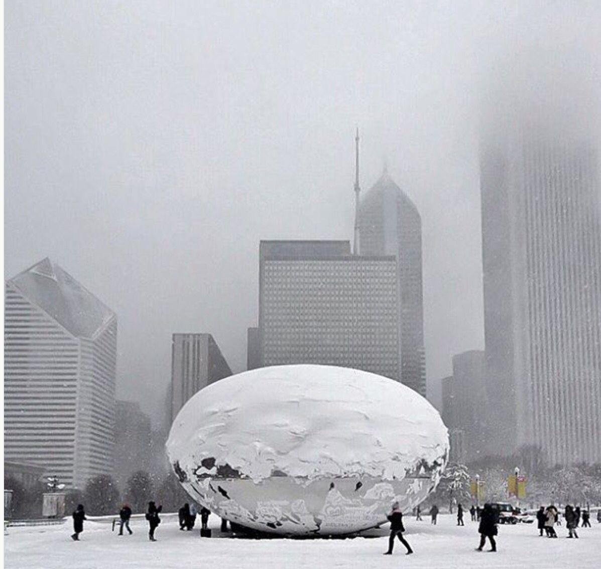 Snow on cloud gate Cloud gate, Chicago, Millennium park