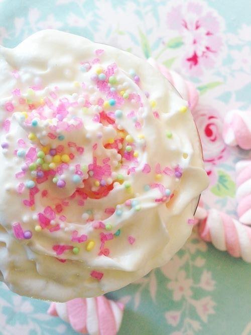Frivolous Fabulous Sweet Dream Treats in the Boudoir PinkWhite