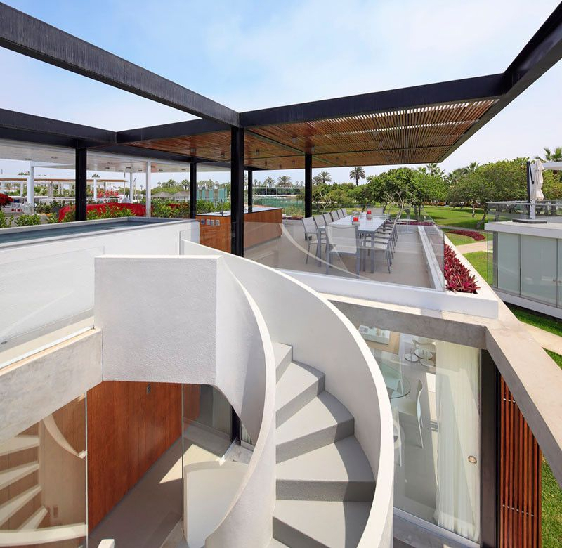 The Spiral Stairs In This Home Lead To An Amazing Rooftop Deck House Design Interior Stairs Rooftop Deck