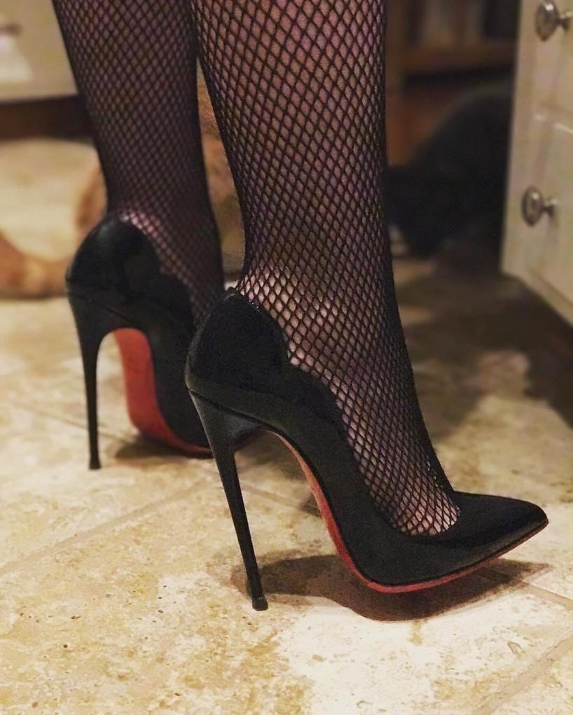 sexysoul from sexysoul closet christian louboutin hot chick 130 rh pinterest com