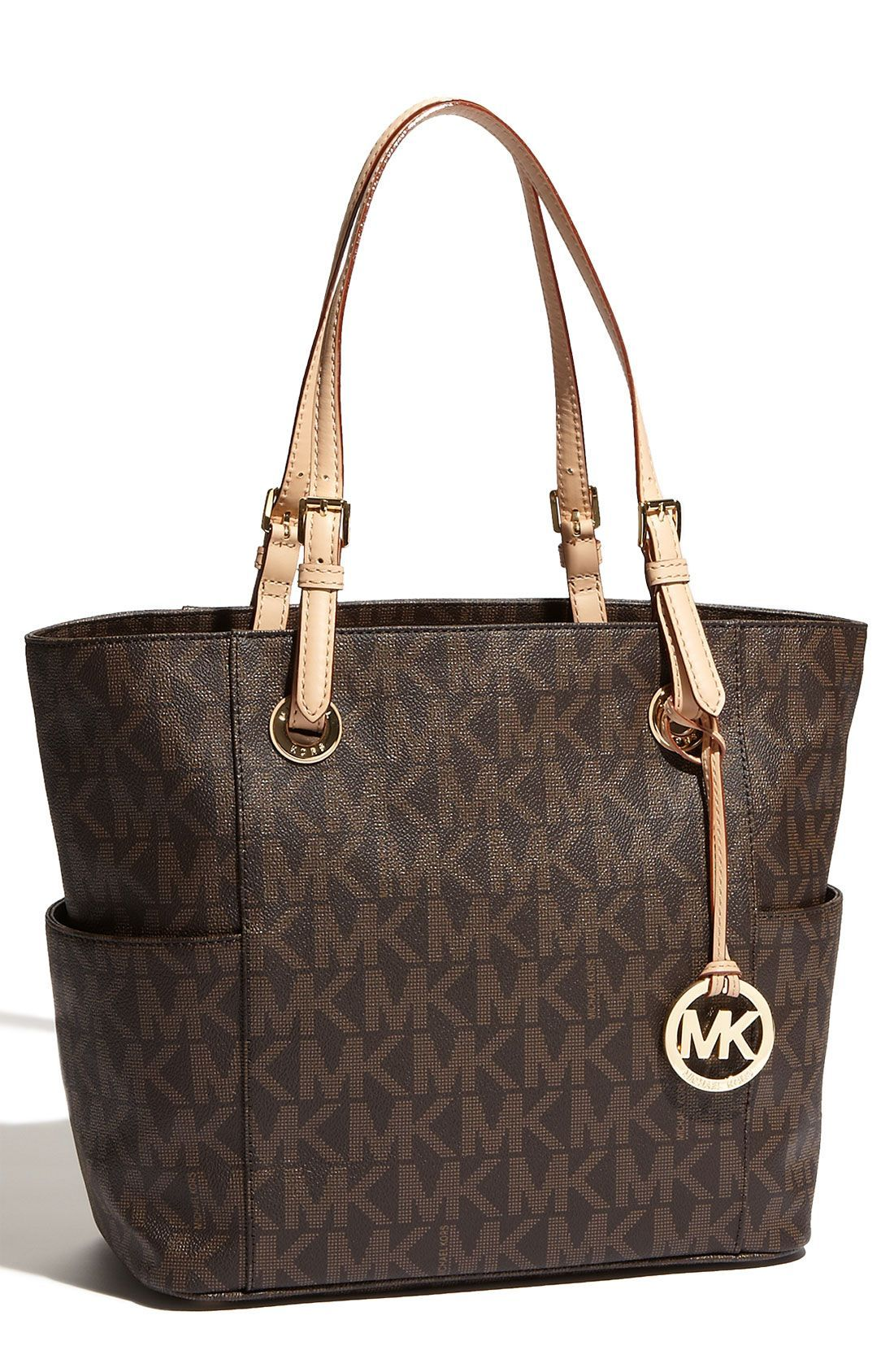 Pretty sure this Michael Kors tote is on the wish list. | Sac à ...