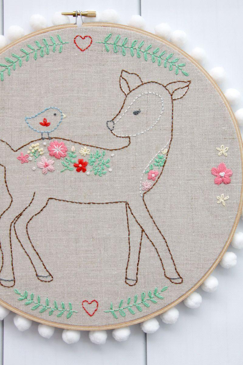 Daisy the Floral Deer Embroidery Pattern - | Patrones de bordado ...