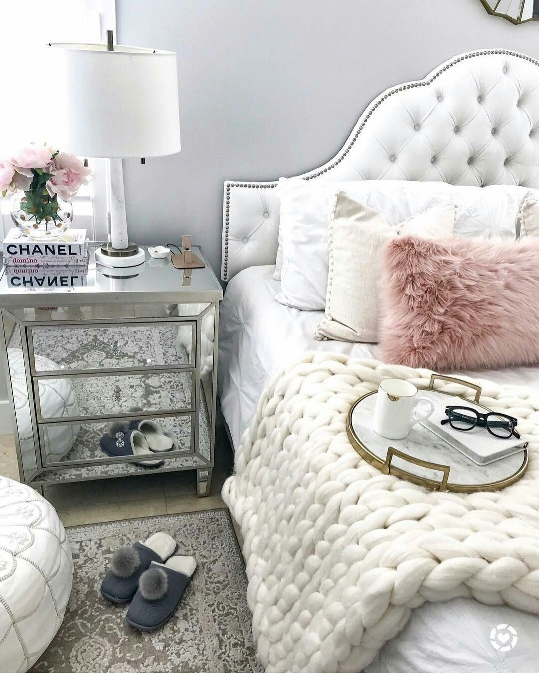 Follow Instagram Agathamont3 Pinterest Agathamont3 Glam Bedroom Decor Cozy Home Decorating Glam Bedroom