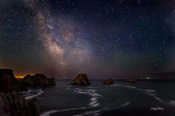 Google+ The Milky Way at Pen Hir Point The Pen-Hir is a point of land facing the Atlantic Ocean in Brittany, northwestern France.