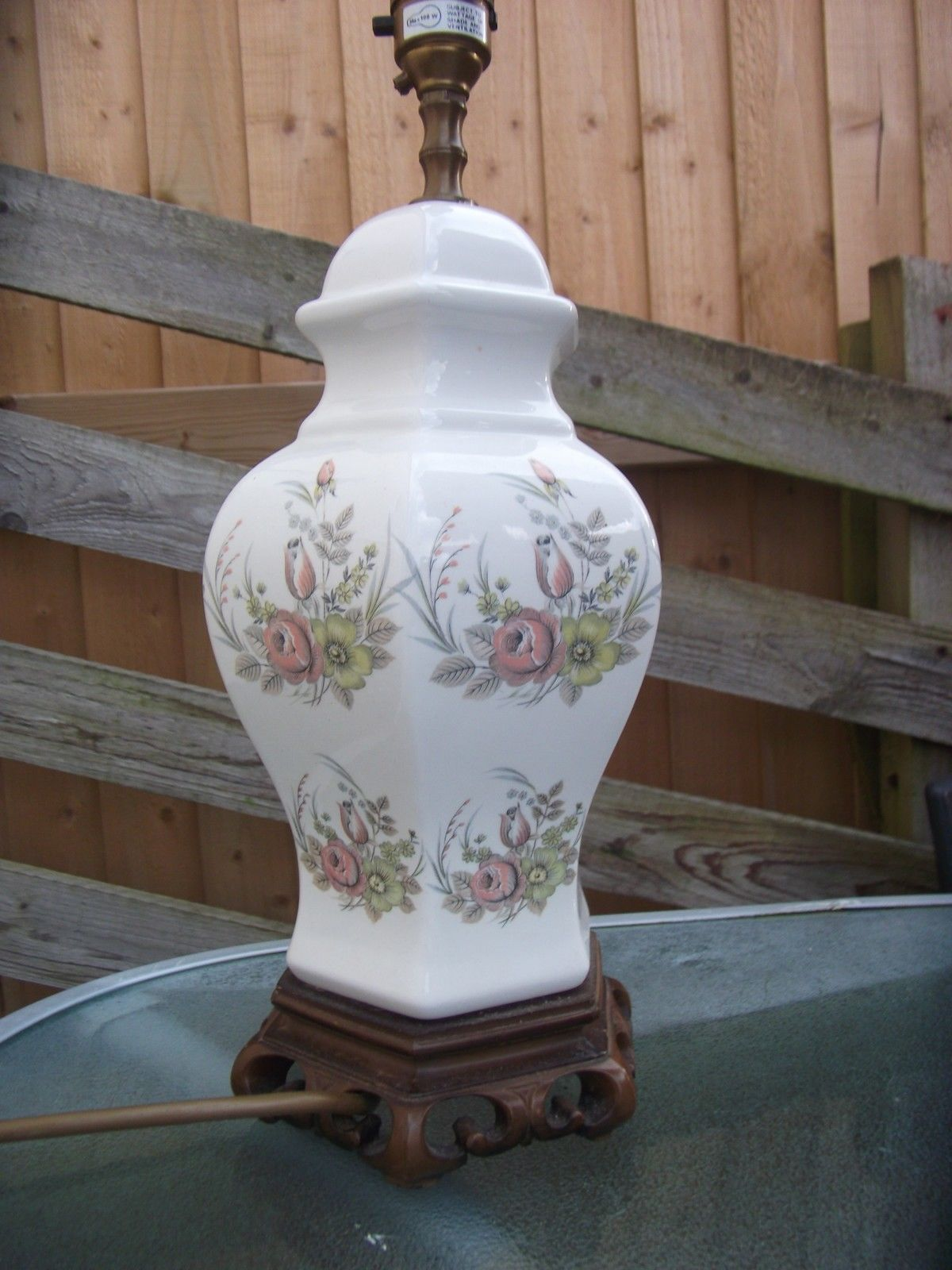 Vintage Shabby Chic Ceramic Floral Table Lamp On Oriental Style