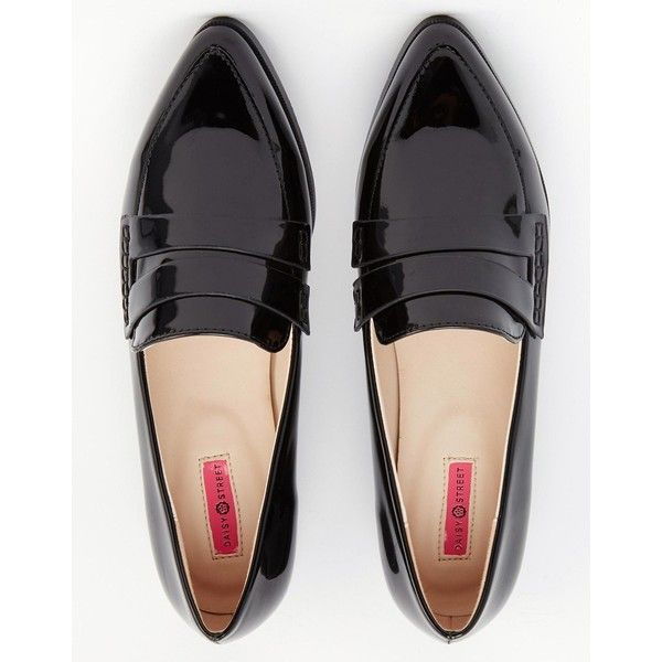 Daisy Street Patent Pointed Toe Loafer Flat Shoes (£23) ❤ liked on Polyvore featuring shoes, daisy street, loafers, patent leather, slip-on shoes, flat shoes, pointed toe shoes, pointed-toe flats and patent leather loafers