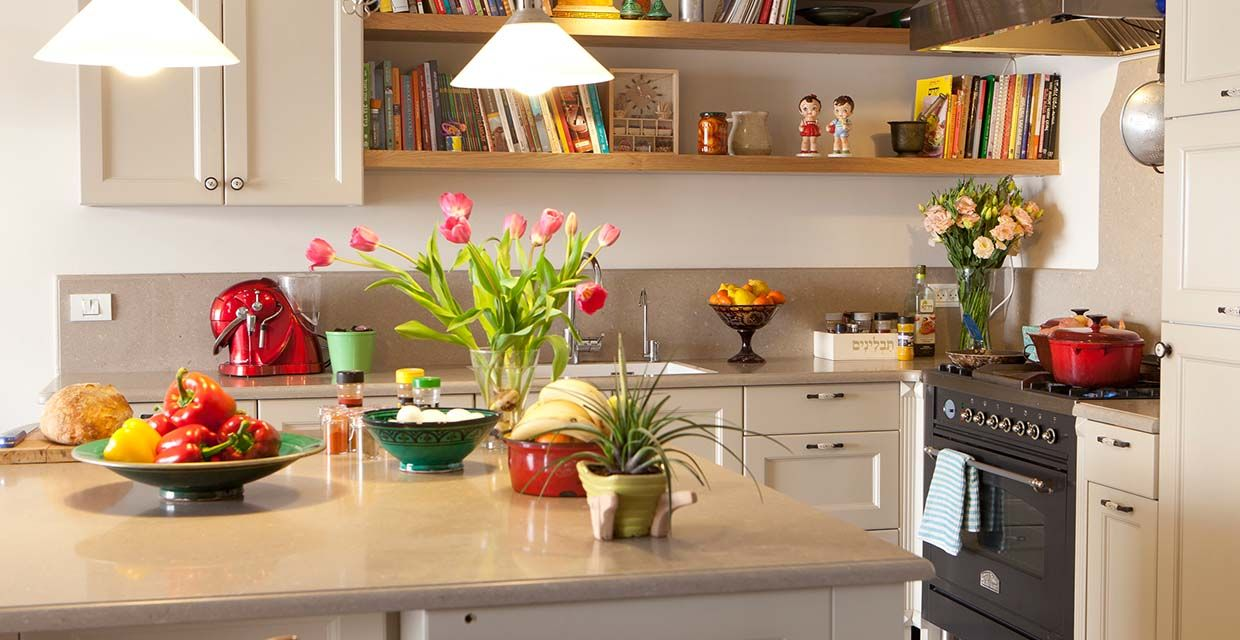 Give your Kitchen a Facelift | Kitchen design, New kitchen ...