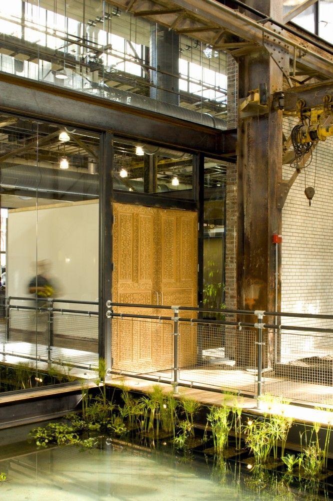 Urban Outfitters Corporate Campus / Meyer, Scherer  Rockcastle decoration  industriel