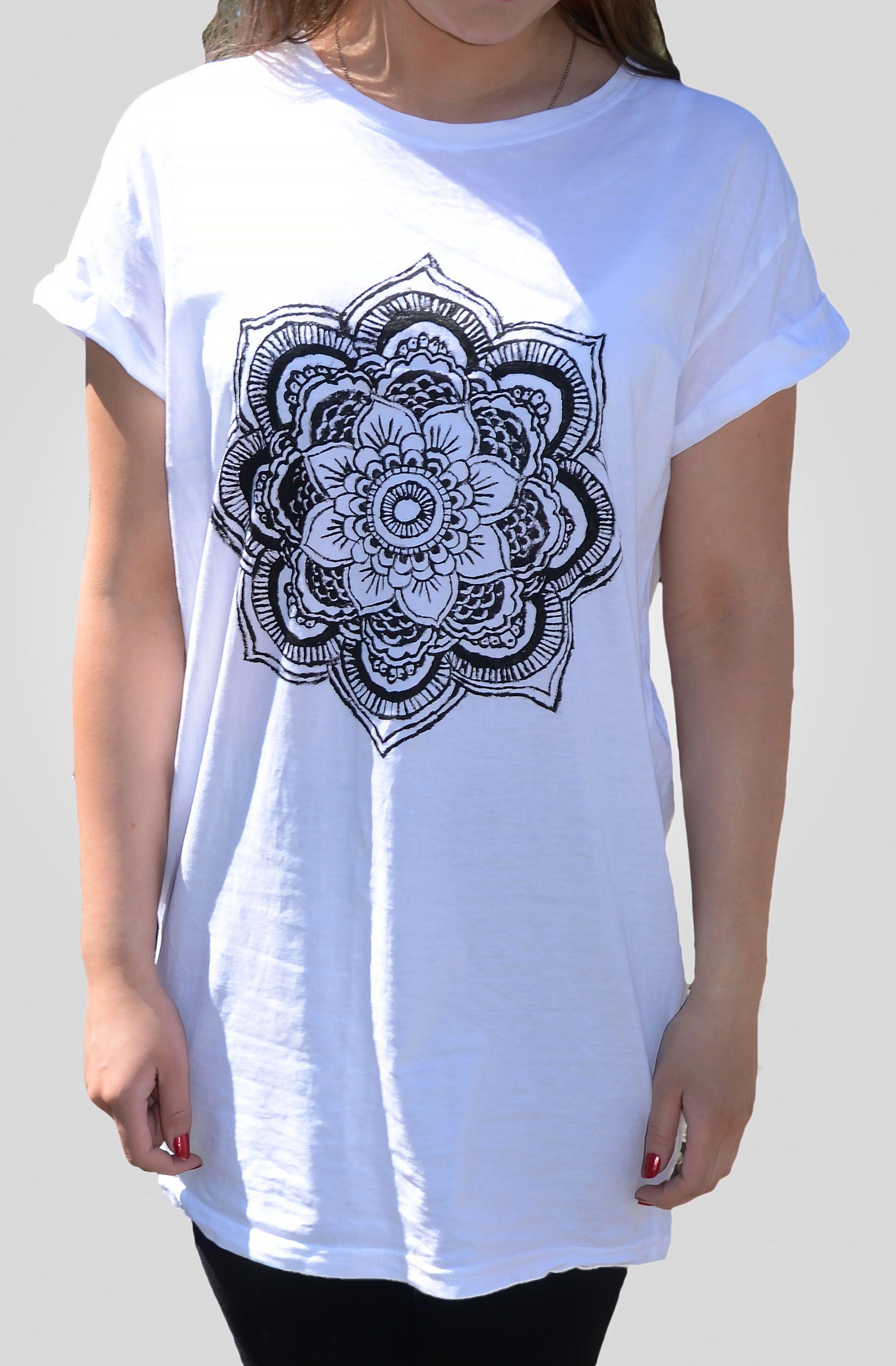 Diy mandala shirt! This looks so easy ✌️ | Business ideas