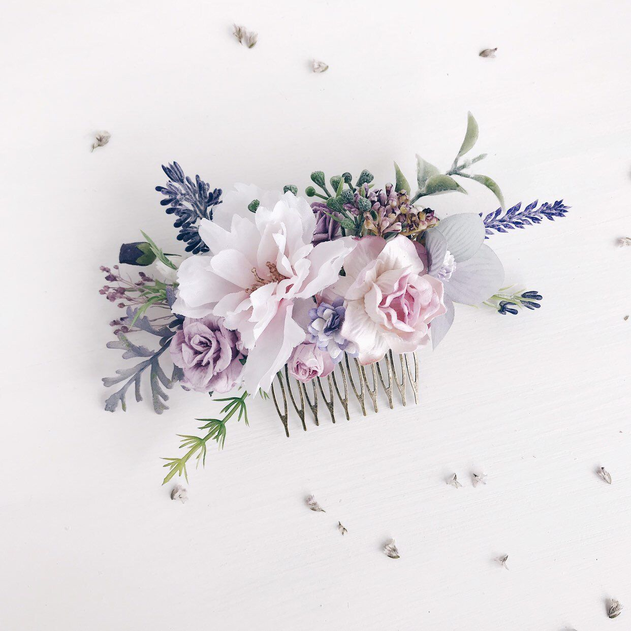 Flower Hair Comb Lavender Hair Comb Wedding Bridal Flower Hair Comb Wedding Hair Piece Bridesmaids Wedding Hair Flowers Bridal Flower Hair Comb Flower Hair Comb