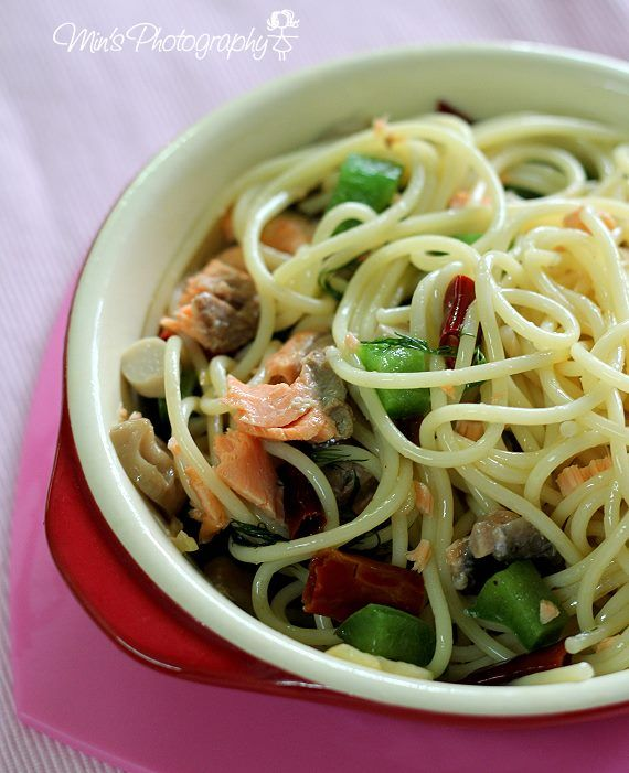 Min's Blog: 三文鱼搭上香草の意大利面 Spaghetti with Salmon and Dill