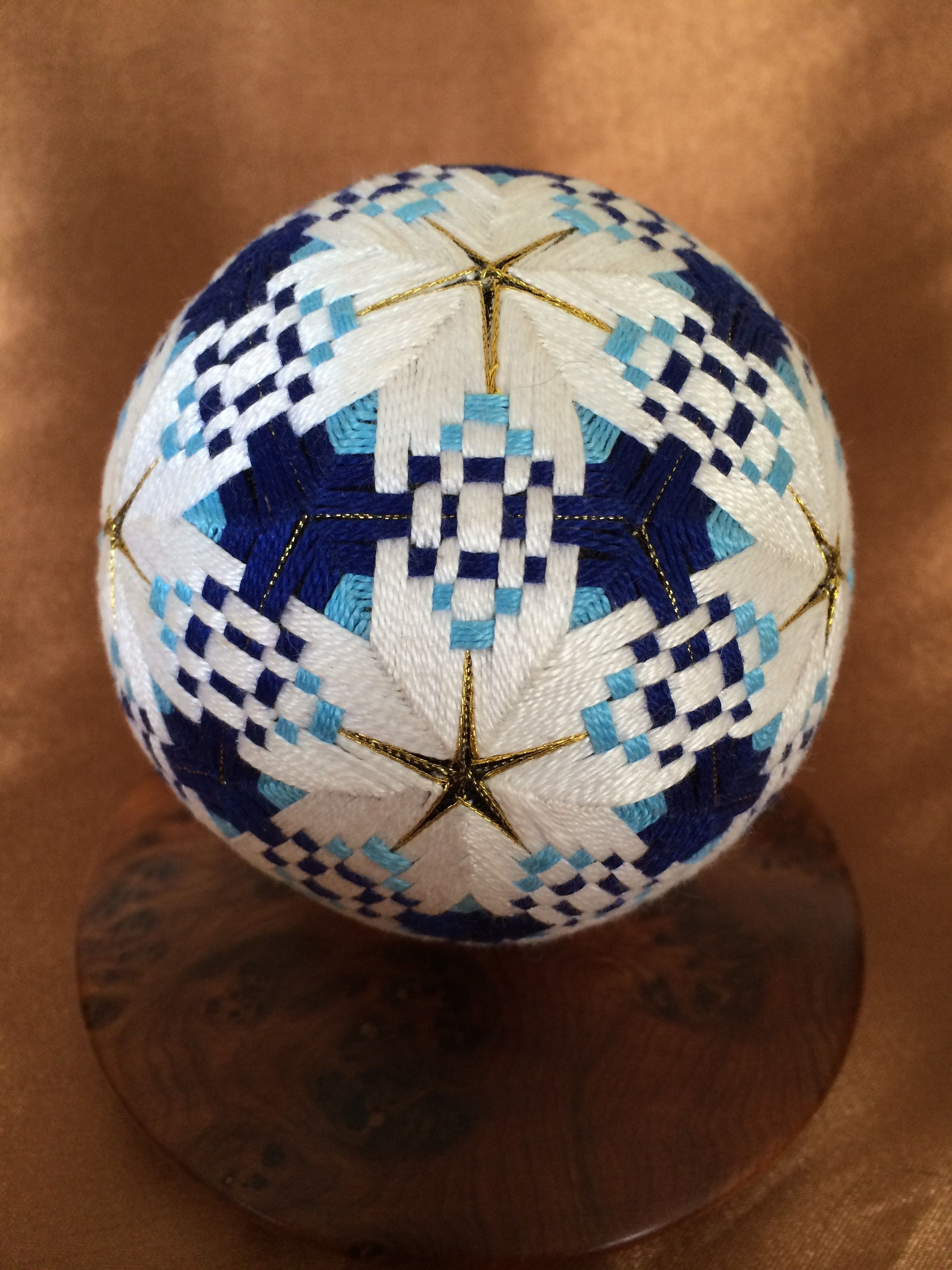 Temari Patterns, Easy Crafts, Golf Ball, Taylormade, Thread Art, Crepe
