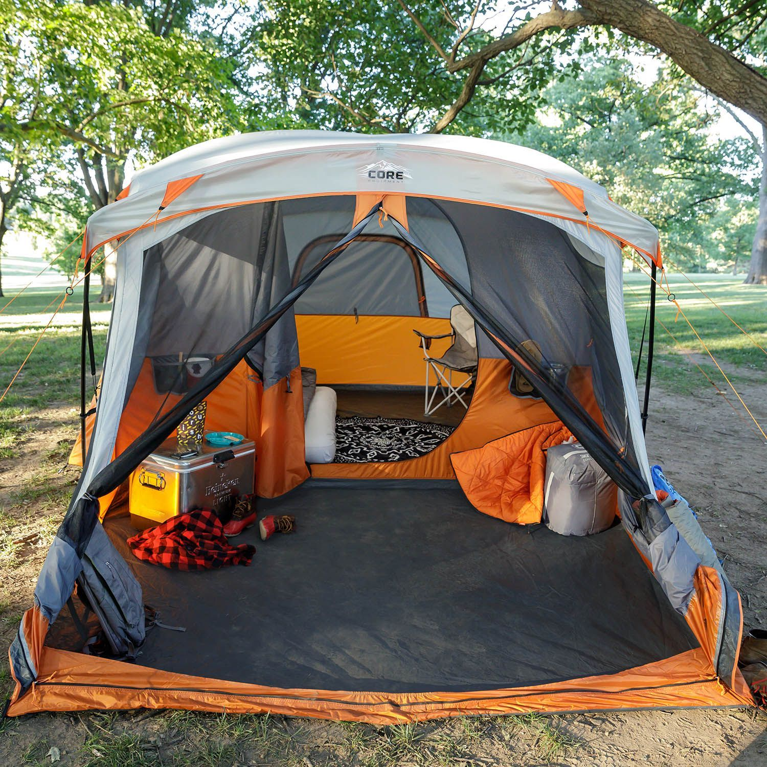 11 Person Cabin Tent With Screen Room 17 X 12 In 2020 Porch Tent Tent Glamping Family Tent Camping