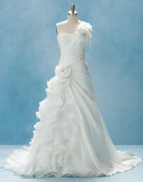 Disney Princesses Wedding Dress Collection by Alfred Angelo ...