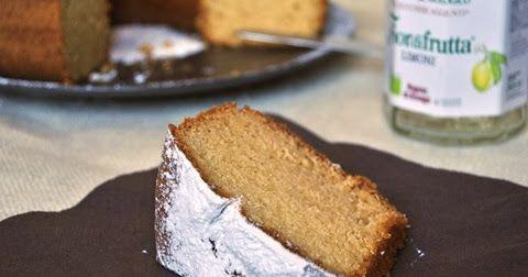 """Con ingrediente segreto…  e magari… l'ingrediente segreto tenetevelo per voi!!!   """"Buoooonissima questa torta! Ma come l'hai fatta?"""", lu..."""