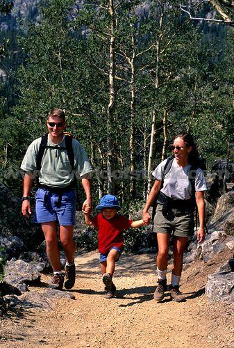 family #hiking is the best!!!   Sun Putty 100% Natural Skin-Loving Sunscreen  #sunputty  http://www.sunputty.com