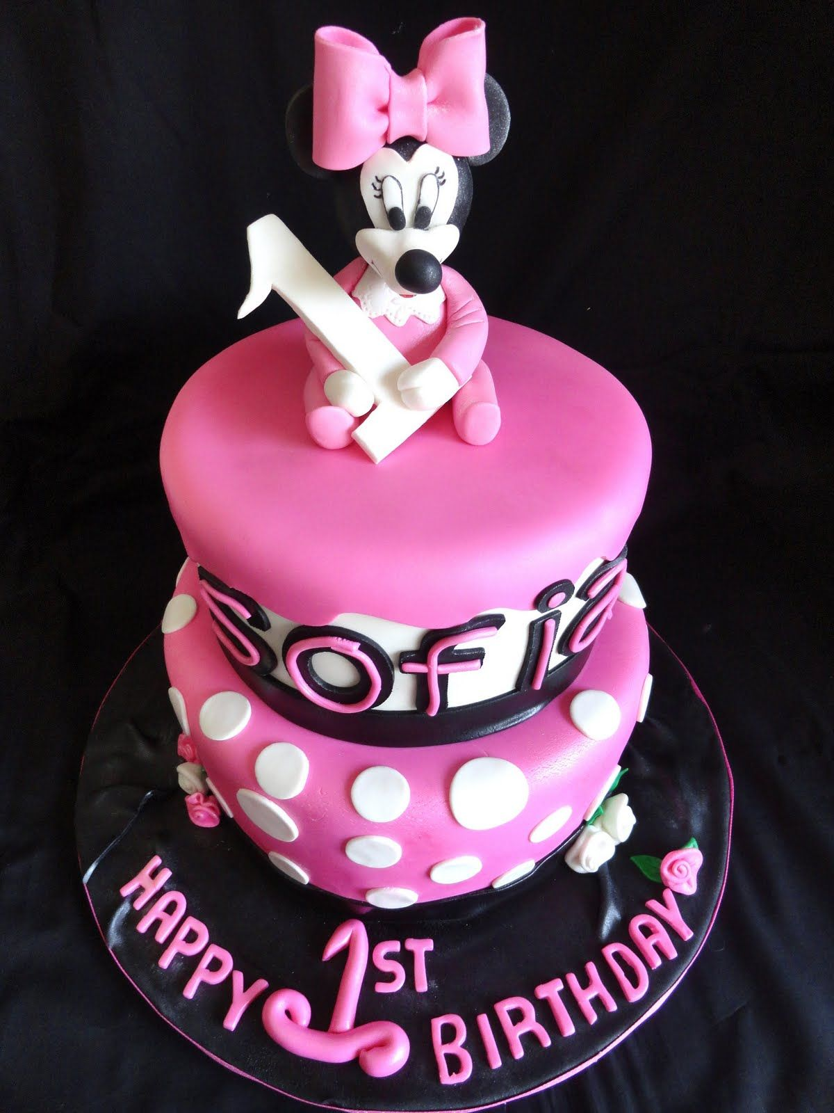 minnie mouse cake ideas Pink Little Cake Pink Baby Minnie Mouse